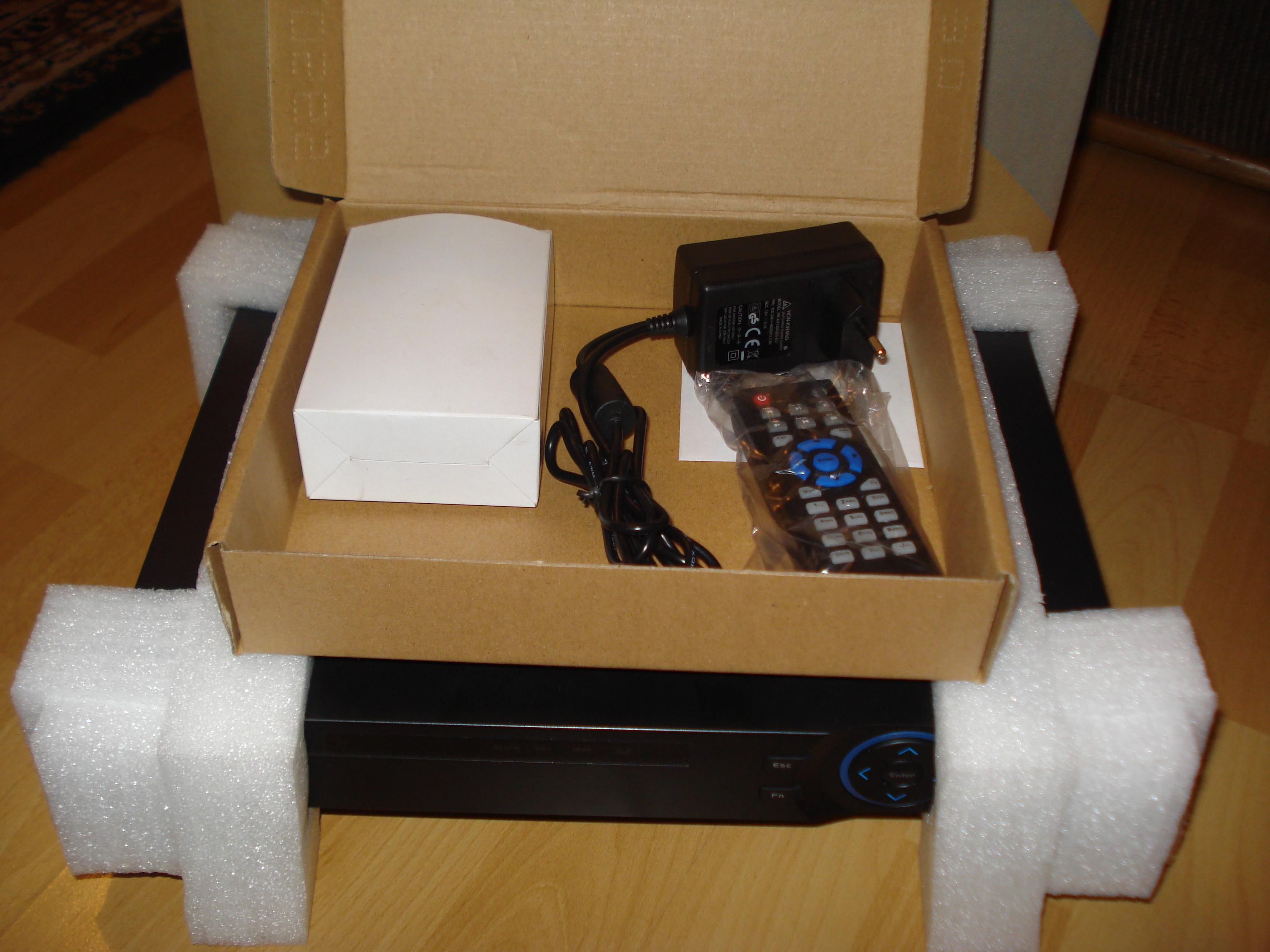 [Sprzedam] Rejestrator cyfrowy Dvs-3104 NOWY ZAPAKOWANY