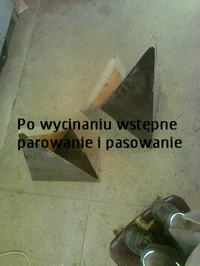Piramidy - piramidki z Altusów75