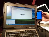 Smartfon, kt�ry udaje klawiatur� - narz�dzie do ataku