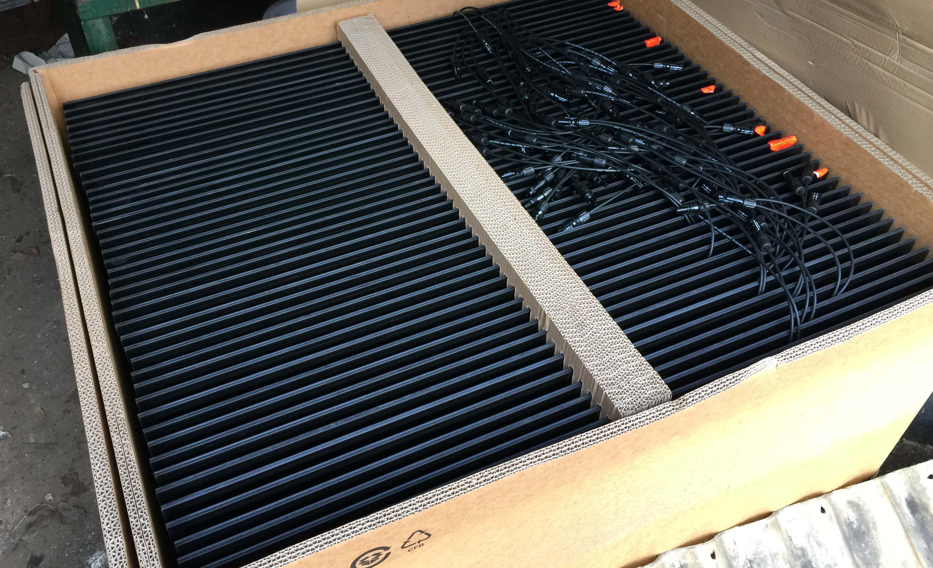 W Mega Re: Panele 4,5 kW (3 + 1,5) + grzanie CWU + ładowanie aku = cała YN66