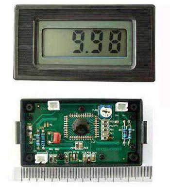 moduł woltomierza LCD model PM435W - zmiana zakresu wpływa na liniowość