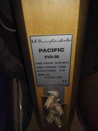Charczące głośniki w kolumnach wharfedale pacific evo 30