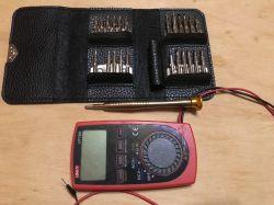 Mini-zestaw bity kieszonkowy śrubokręt z wymiennymi końcówkami 25 w 1