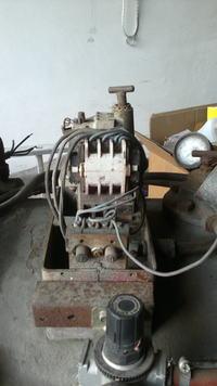 kompresor 3JW60 jaki w�acznik i wy��cznik ci�nieniowy.