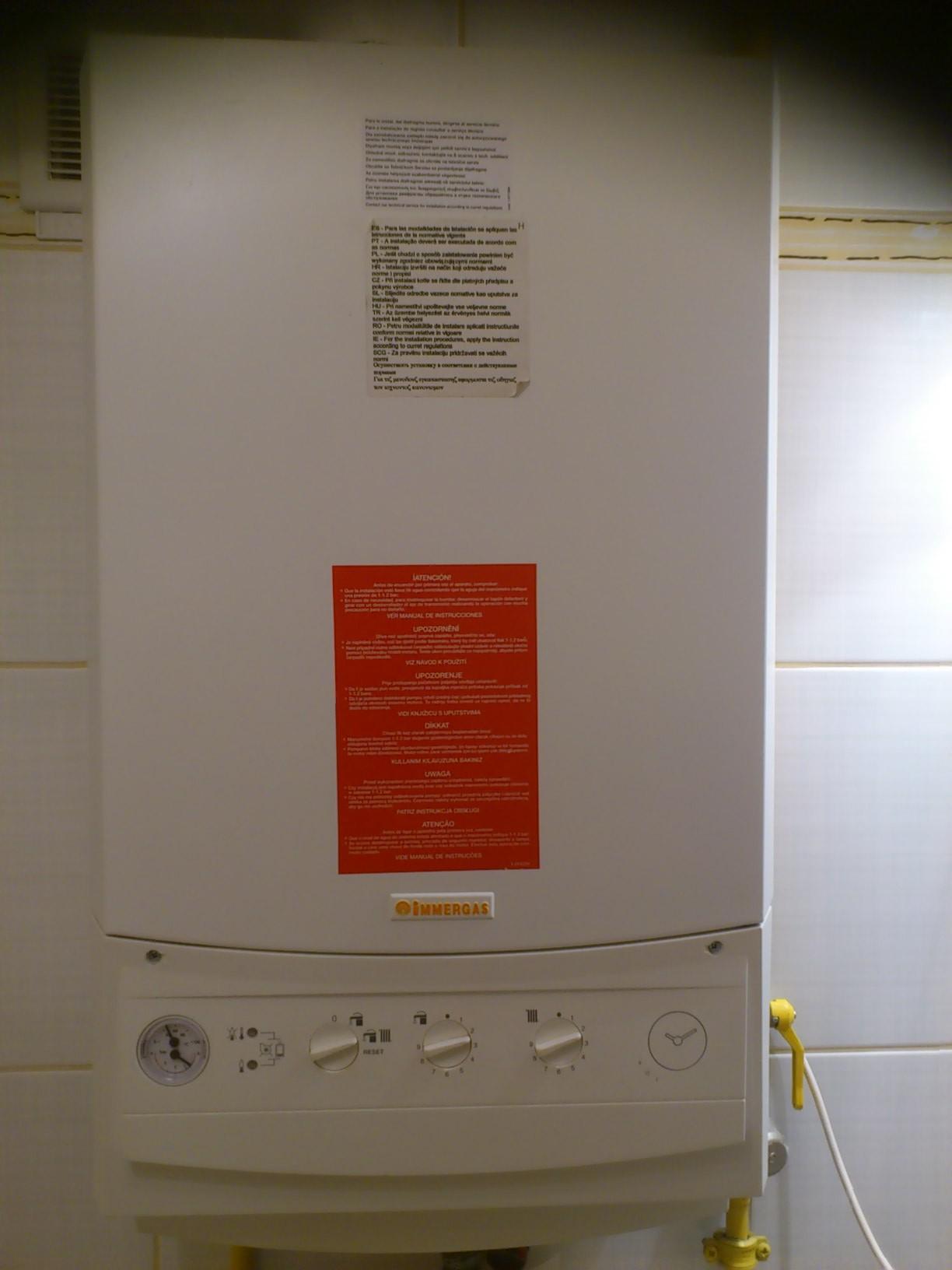 Immergas eolo mini z 2004 roku instalacja regulatora for Caldaia immergas eolo mini 24 kw