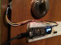 Detekcja położenia rygla w drzwiach z użyciem taniego magnetometru QMC5883L
