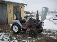 Ma�y traktorek SAM z silnikiem Tico