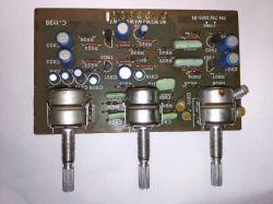 Wnętrze amplitunera Radmor 5102-TE