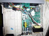 UPS APC BACK-UPS RS 1000 - Niskie napiecie tylko 170V przy obci��eniu np. 50W