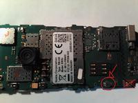 Nokia 6303ic - nie włącza się, brakuje czegoś na płycie głównej
