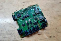 Nakładka HAT CarPiHat do komputerów samochodowych z Raspberry Pi