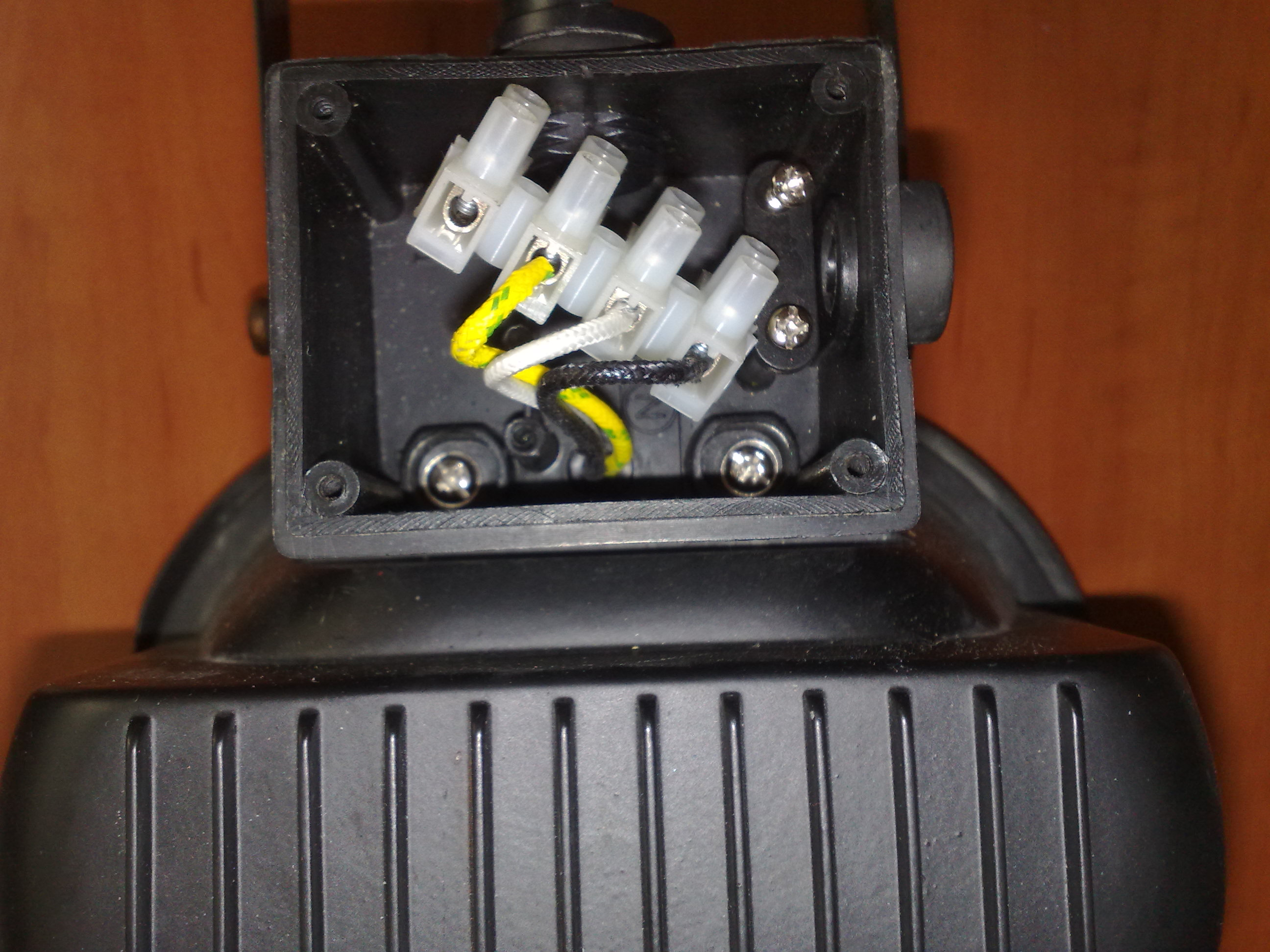 Czujnik ruchu CR-1 + Halogen - Pod��czenie