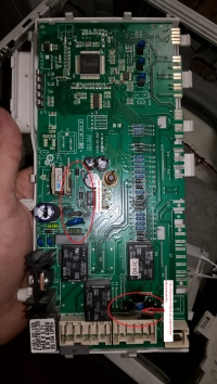 Pralka Ariston AVL 105 EU - błąd zamka pralki i nieudana próba naprawy
