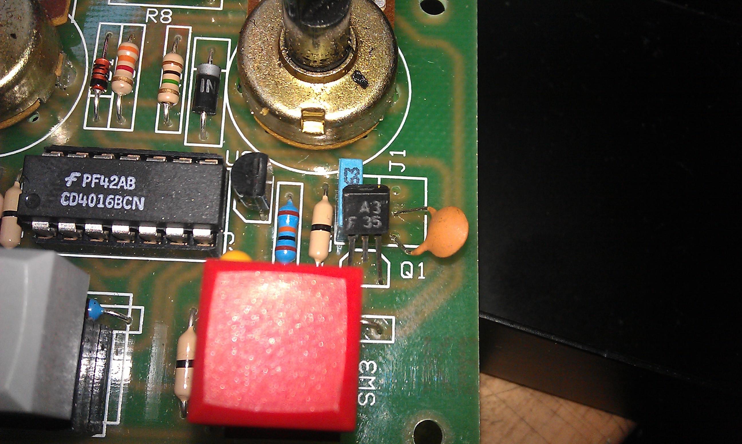 Jaki to tranzystor - obudowa TO 92, oznaczenie: A3?