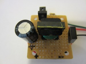 Prosty tester napi�cia przebicia diod Zenera i tranzystor�w