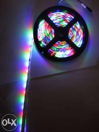 [Sprzedam] Ta�ma LED RGB ( 5m) z zasilaczem i sterownikiem