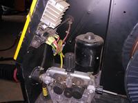 Spawarka, migomat po włączeniu sam podaje gaz i prąd