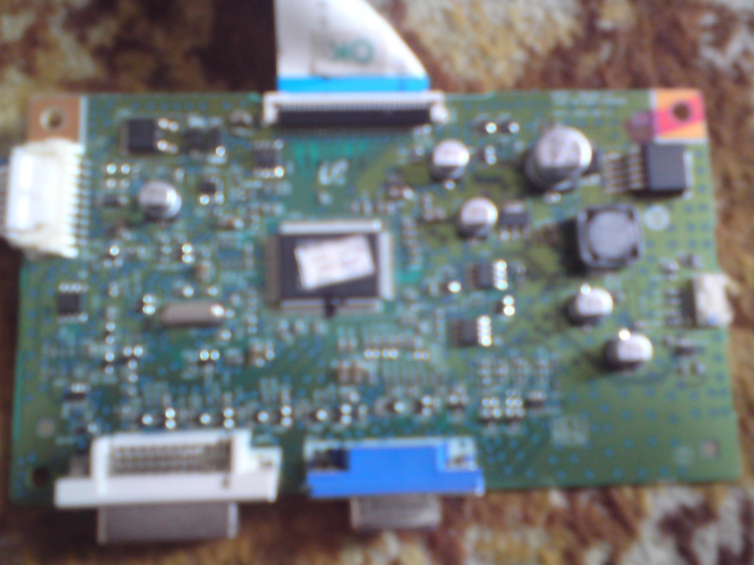 Samsung SyncMaster SM226BW nie w�acza sie
