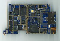 Iphone 3G - Regaguje na ładowarkę i komputer lecz się nie podłącza i nie ładuje