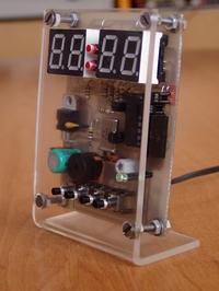 Zegar LED z budzikiem (ATtiny2313 SMD + CMOS4017)