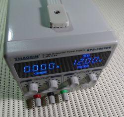 Wnętrze zasilacza RPS-3005DB ZHAOXIN 0-30V 0-5A
