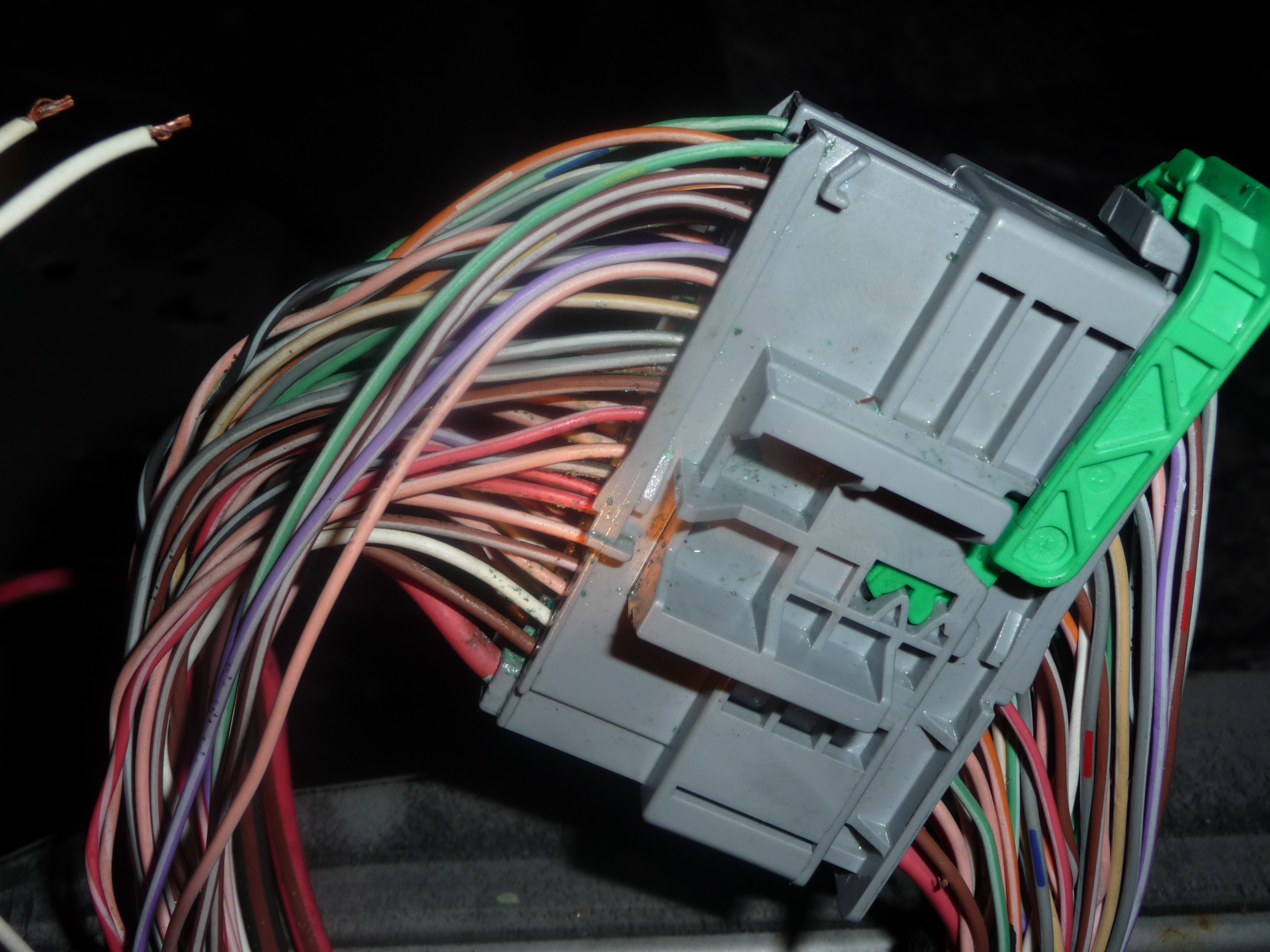 Mam problem z instalacj� elektryczn� SCENIC II 04r