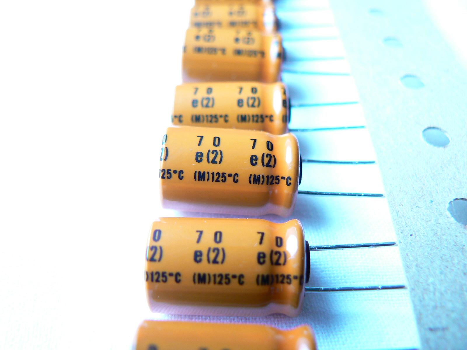 [Sprzedam] Kondensatory Nippon Chemicon GXE: 100,220uF 35V 125*C