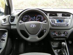 Hyundai i20 - Dobra kamera cofania.