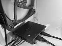 NZXT Grid+ - cyfrowy kontroler pracy wentylator�w z programowym sterowaniem