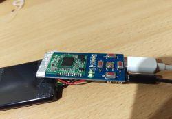 Transmiter BT audio - hałas na wyjściu, znika po połączeniu mas