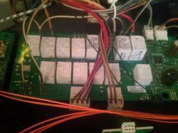 Siemens HB76A1560S/05 - przekaźnik oświetlenia piekarnika, który?