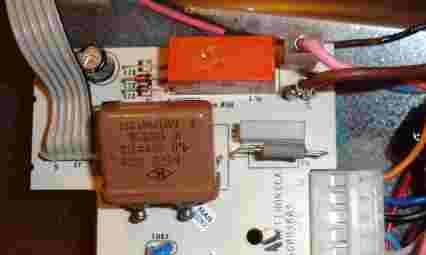 Zmywarka Ariston LSI 41 - miga prawa dioda