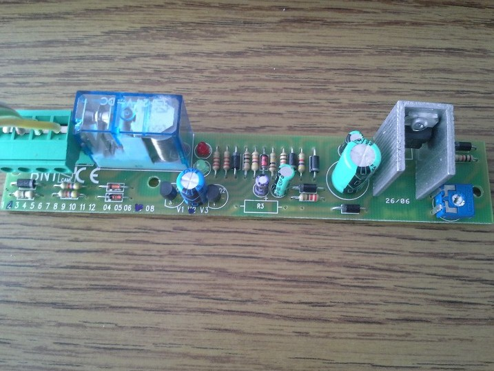 CAME ZBX-241 BN1 - spalony rezystor r3