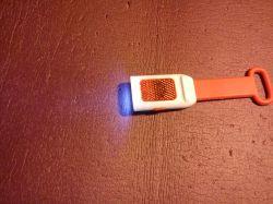 Projet migacza LED do spacerowania wieczorami na niebudowanym