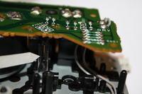 Magnetofon AIWA AD-F910 wyłącza się przy wszystkich funkcjach