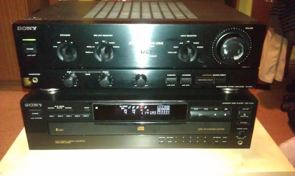 [Kosz] [Sprzedam]Wzmacniacz mocy stereo Sony TA-F270 i CD karuzela Sony CDP-C335