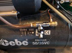 Kompresor Einhell 50L za drugim załączeniem wyłącza zabezpieczenie.