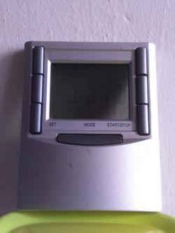 Programator czasowy na baterie 9V + mini pompka wody.