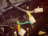 Daelim Rodwin 125 - Jak podłączyć regulator napięcia