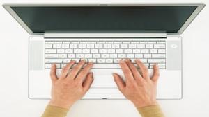Miarowość pisania na klawiaturze jako metoda identyfikacji