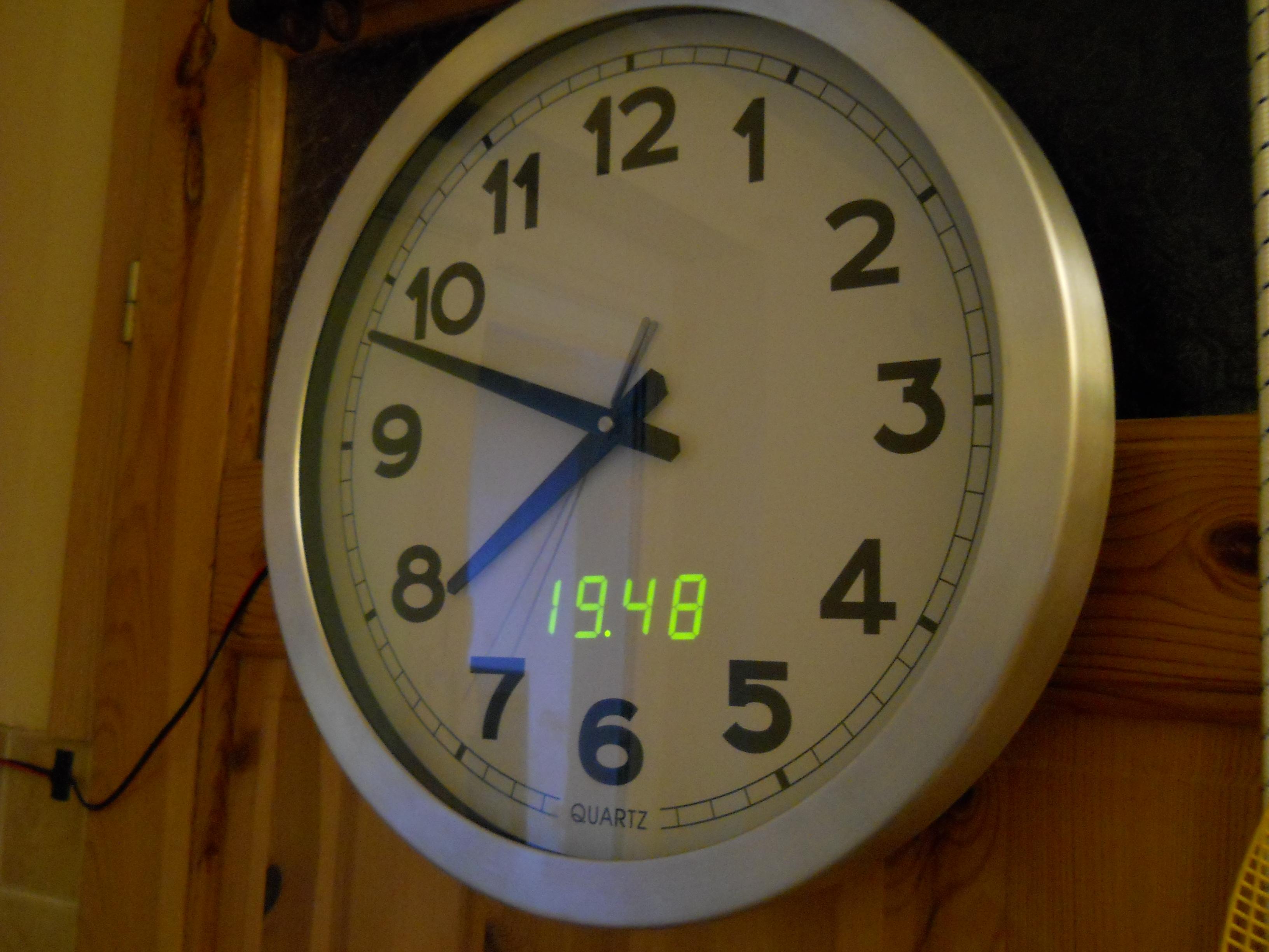 Prosty zegar na uC AT89C2051 + PCF8583 w C