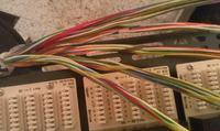 Jak rozszyć kabel na łączówki?