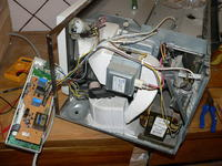 mikrofalówka whirpool mt 255 - Nie włącza się
