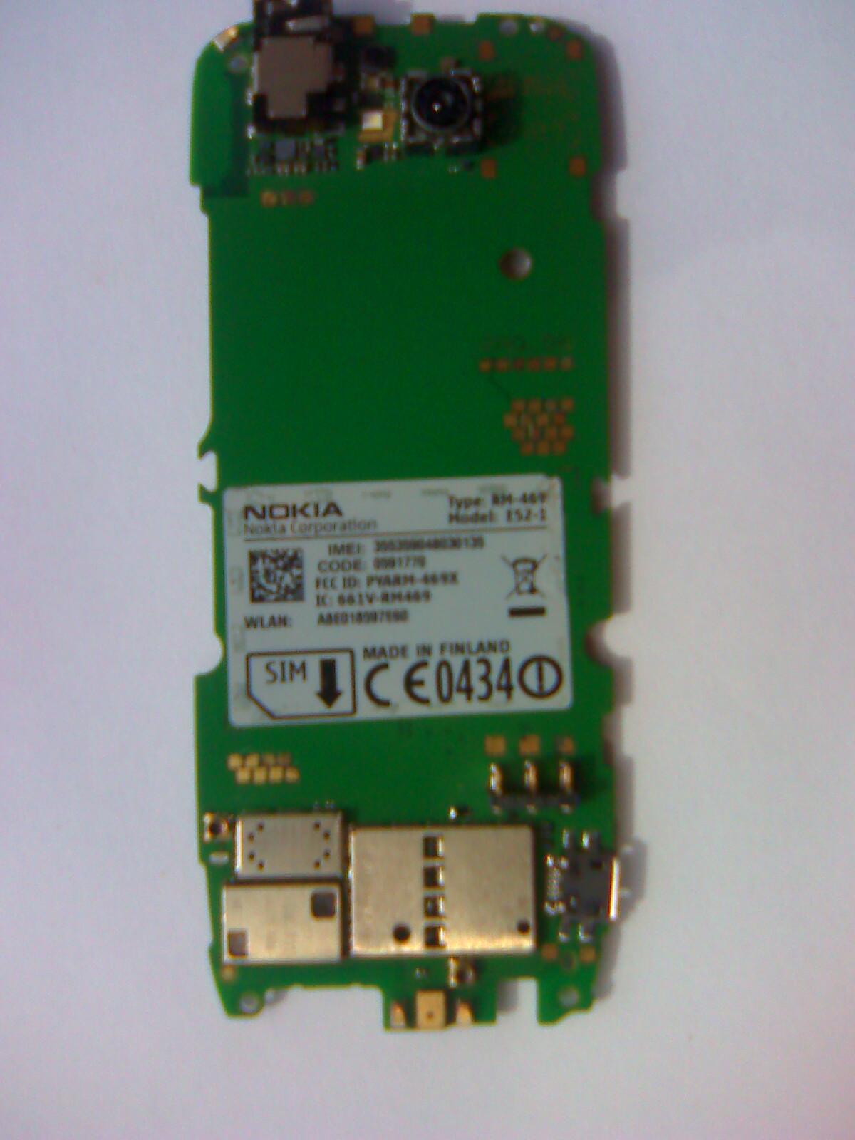 Martwa Nokia E52 po zalaniu