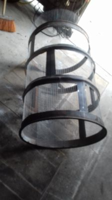 Rotary sieve for DIY soil.