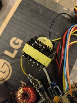 Lutownica akumulatorowa 30W z Aliexpress - krótki test