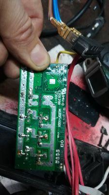 Szlifierka Parkside Performance 20V nie działa