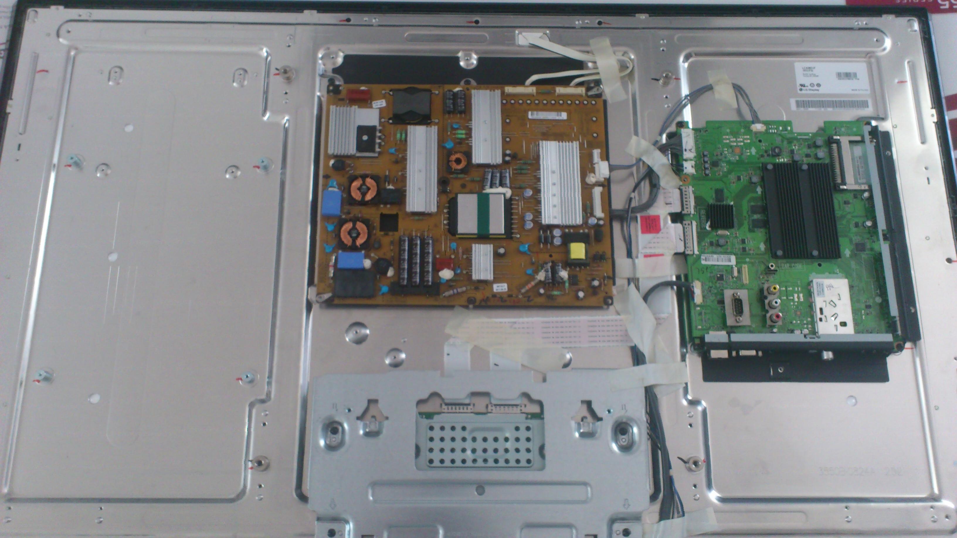 LG 42LW5500 jakie cz�ci zawiera?