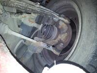 """Nissan Micra K11 2001 - Stukanie i """"chrupanie"""" w zawieszeniu - prz�d"""