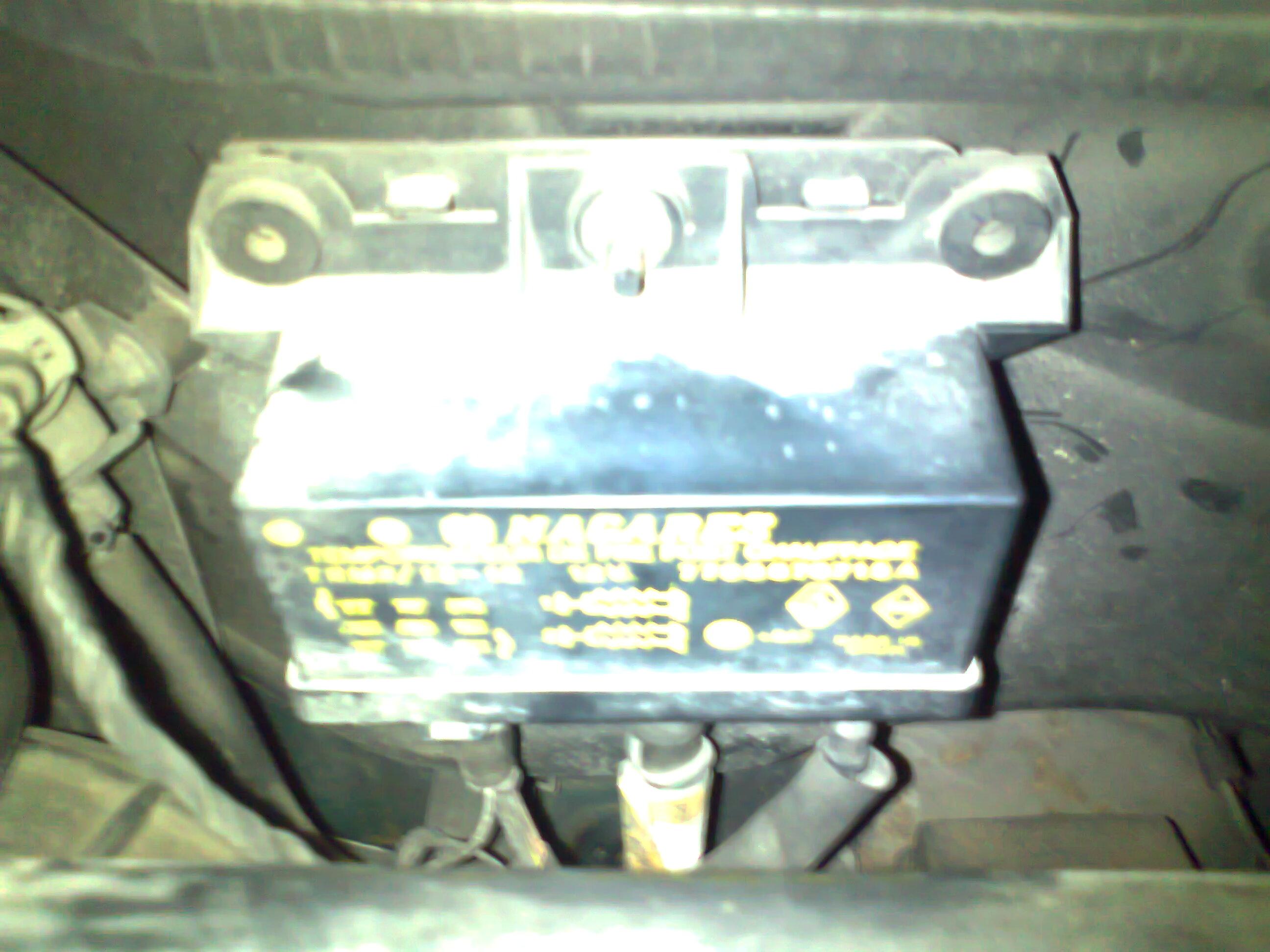 Renault Megane elektryka - auto wariuje